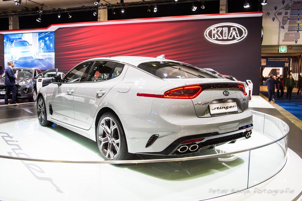 Kia Stinger Motor Show