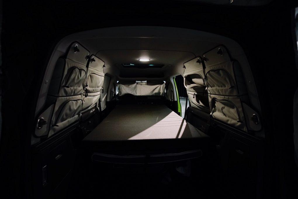 Volkswagen Caddy Beach campervan